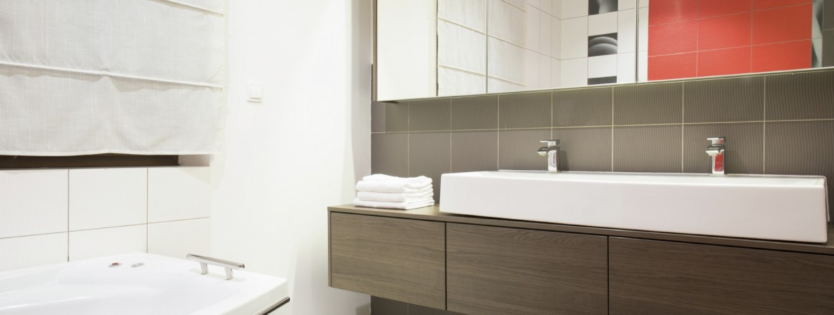 Affordable bathroom renovations melbourne cutting edge renovations for Affordable bathroom renovations